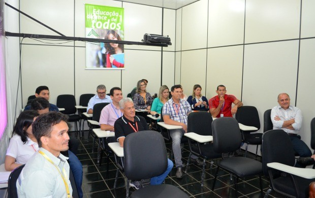 Gestores da Rede Amazônica Acre acompanharam reunião na manhã desta quinta-feira (5) (Foto: Murilo Lima)