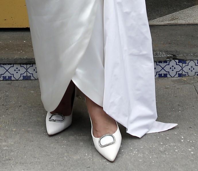 E não podemos esquecer os sapatos brancos estilo vintage (Foto: Pedro Carrilho/Gshow)