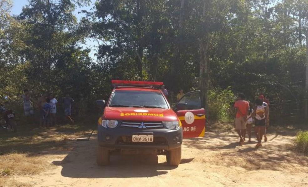 Corpo de Bombeiros foi acionado para encontrar primos que desapareceram enquanto nadavam (Foto: Alerta Rolim/Reprodução)