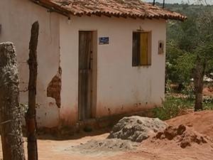 agricultor é assassinado no Sítio Zumbá, em Caruaru, no Agreste de Pernambuco (Foto: Reprodução/ TV Asa Branca)