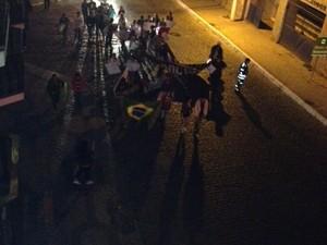 Vassouras manifestação protesto (Foto: Leonardo Lourenço/TV Rio Sul)