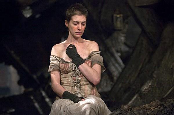 Anne Hathaway — Fantine, 'Os Miseráveis' (2012) (Foto: Divulgação)