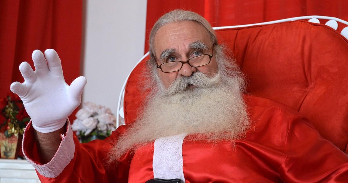 'Não tive Natal na infância', diz Papai Noel que alegra crianças há ... - Globo.com