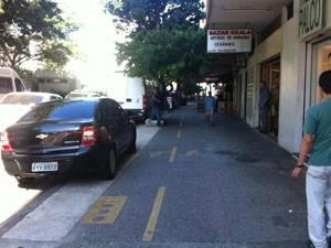 Ciclovia da General Polidoro começa e termina sem aviso. (Foto: Mariucha Machado/G1)