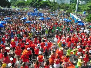 Multidão vista de cima no Bangalafumenga (foto: Nelson Veiga/G1) (Foto: Nelson Veiga/G1)