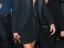 Aos 57 anos, Sharon Stone arrasa ao usar vestido curtinho