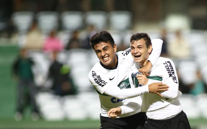 gol ruy coritiba fortaleza copa do brasil (Foto: Giuliano Gomes/PR Press)