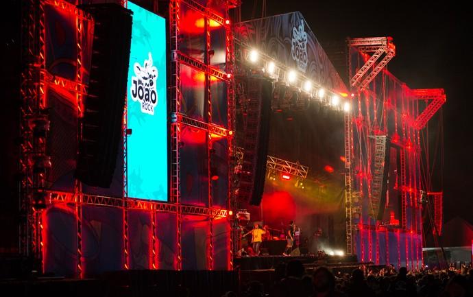 Criolo no palco do João Rock 2016 (Foto: Érico Andrade/Gshow)
