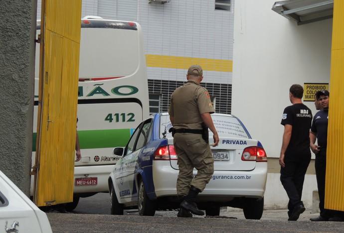 Criciúma desembarque (Foto: João Lucas Cardoso)