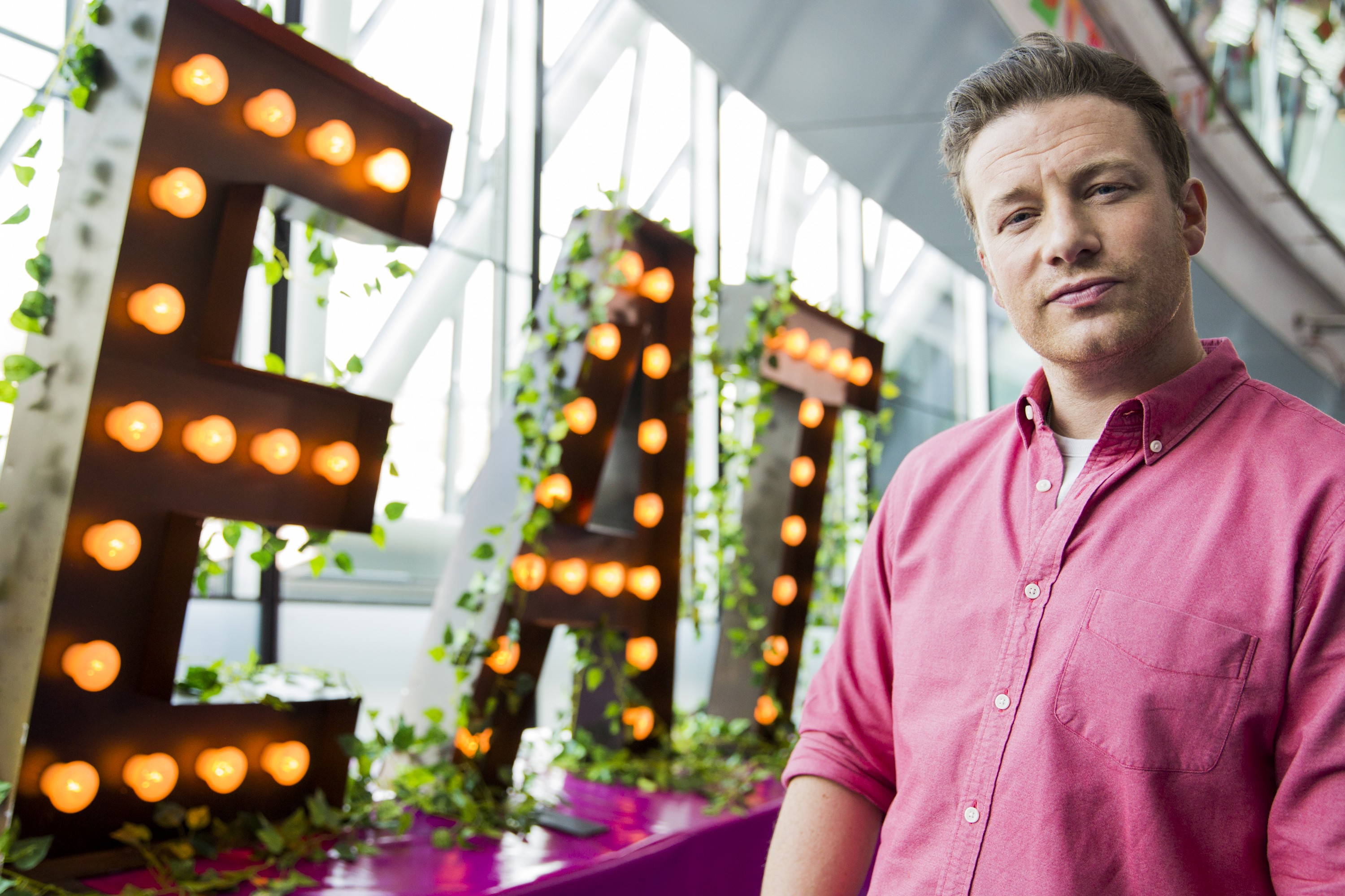 Jamie Oliver: chef, celebridade e seletor (Foto: Getty Images/ Tristan Fewings)