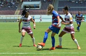 Vitória-PE feminino (Foto: Divulgação / Vitória-PE)