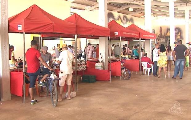 Além de materiais, empreendedores receberam estruturas de barracas para comercailizar os produtos (Foto: Bom Dia Amazônia)