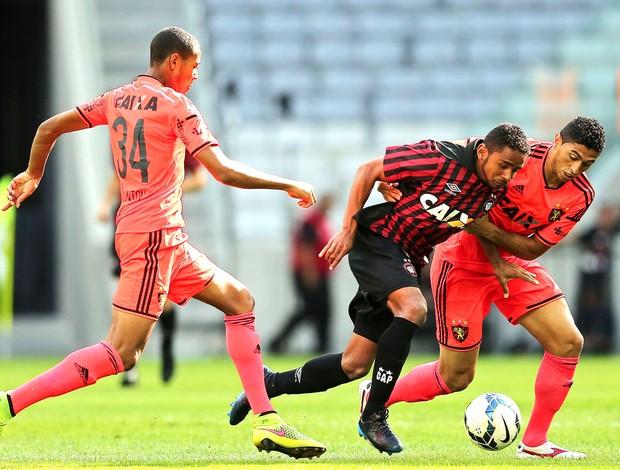 Deivid e Danilo, Atlético-PR X Sport (Foto: Getty Images)