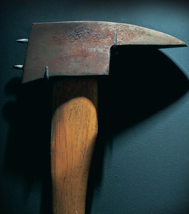"""Machado utilizado pelo ator Jack Nicholson no filme """"O Iluminado"""", dirigido por Stanley Kubrick (Foto: Divulgação)"""
