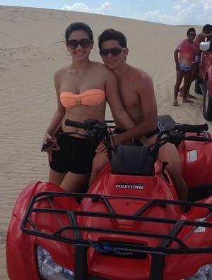 Osvaldo, São Paulo praia esposa Gleici (Foto: reprodução)