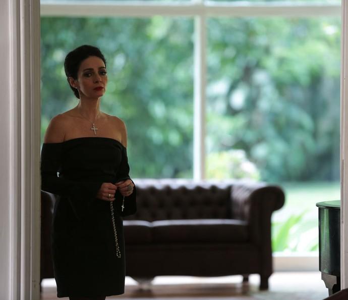 Loretta fica viúva de Massimo (Foto: Isabella Pinheiro / Gshow)