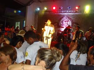 O cantor e sanfoneiro Targino Gondim vai se apresentar na festa em homenagem a Luiz Gonzaga.  (Foto: Foto:Targino Gondim/ Arquivo pessoal)