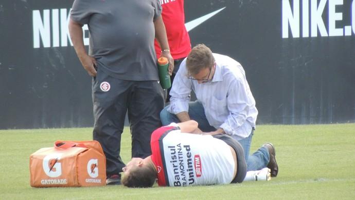 Alex meia Inter (Foto: Tomás Hammes / GloboEsporte.com)