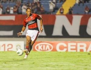 Gilson, zagueiro do Atlético-GO (Foto: Joelton Godoy/Atlético-GO)