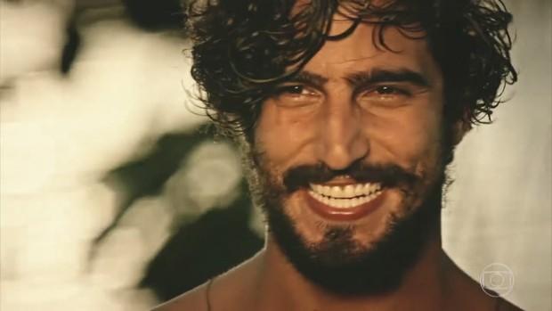 Renato Góes interpreta o personagem Santo na novela Velho Chico (Foto: Reprodução/Globo)