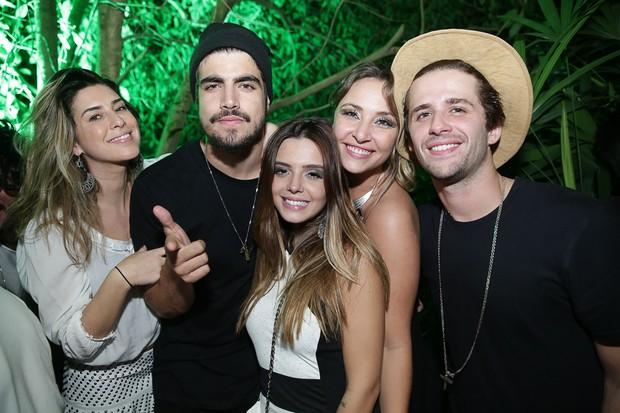 Fernanda Paes Leme, Caio Castro, Keila Zago e Gil Coelho (Foto: Miguel Sá/ Divulgação)