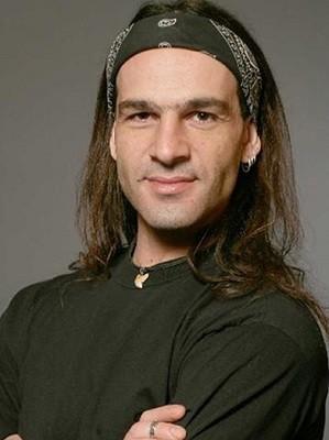Alessandro D'Agostini é trapezista do Cirque du Soleil há 12 anos (Foto: Divulgação)