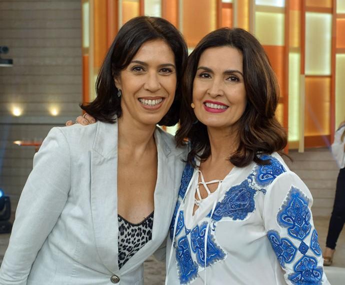 Fátima posa com a atriz Maria Clara Gueiros (Foto: Vinícius Cunha/Gshow)