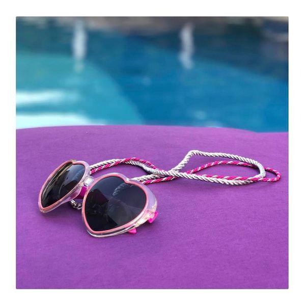 Cordinhas de óculos da Fio de Sol (Foto: Reprodução/Instagram)