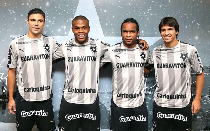 c16ec24f763f3 apresentação nova camisa do Botafogo (Foto  Satiro Sodré   SSPress)