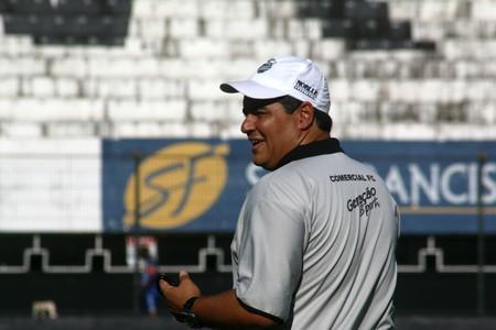 Tuca Guimarães, técnico do Comercial (Foto: Cleber Akamine)