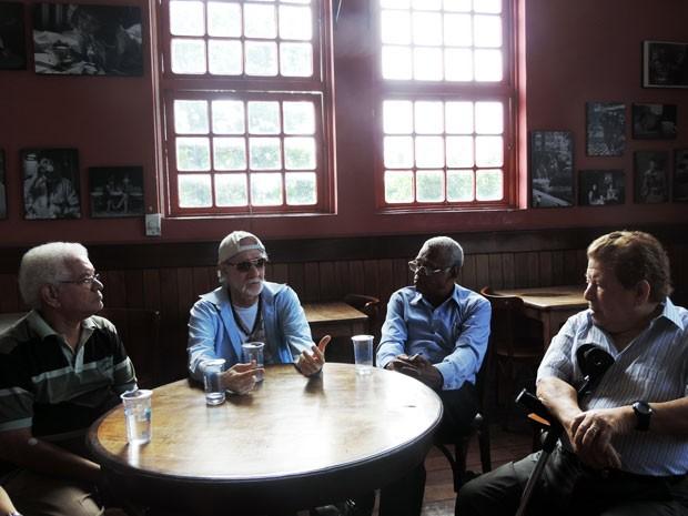 Duda, Ademir, Edson e Guedes foram à pré-estreia na Fundaj (Foto: Roberta Rêgo/G1)