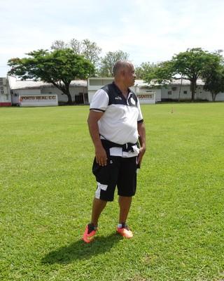 Ademir, durante treinamento em Porto Real (Foto: Vinicius Lima/GloboEsporte.com)