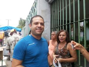 ENEM 2015 - SÁBADO BELÉM (PA) André Luiz perdeu, pela segunda vez seguida, a prova do enem pelo mesmo motivo: atraso. (Foto: Thais Rezende/G1)