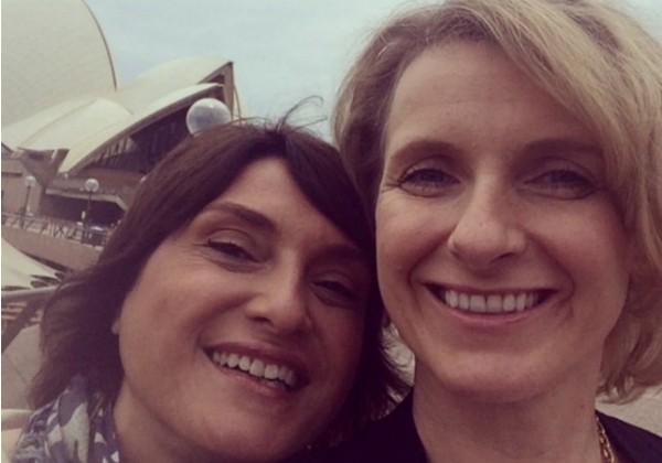 Elizabeth e Rayya são amigas há 15 anos e assumiram o relacionamento nesta quarta (7) (Foto: Reprodução/Facebook)