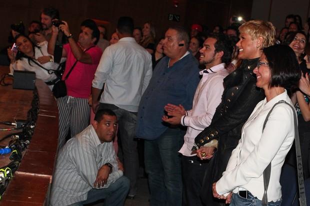 Xuxa em peça de Junno (Foto: MANUELA SCARPA E MARCOS RIBAS/FOTO RIO NEWS)