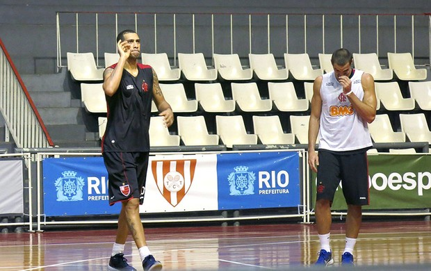 Marquinhos, do time de basquete do Flamengo (Foto: Léo Velasco)