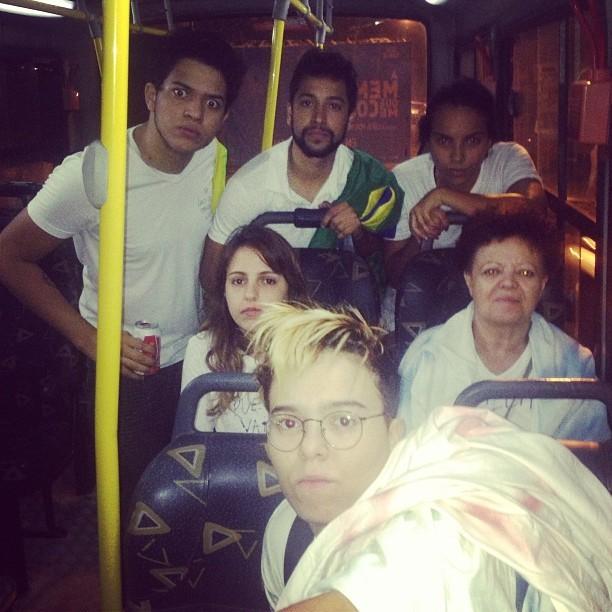 Maria Gadú postou foto a caminho de manifestação no Rio de Janeiro (Foto: Reprodução)