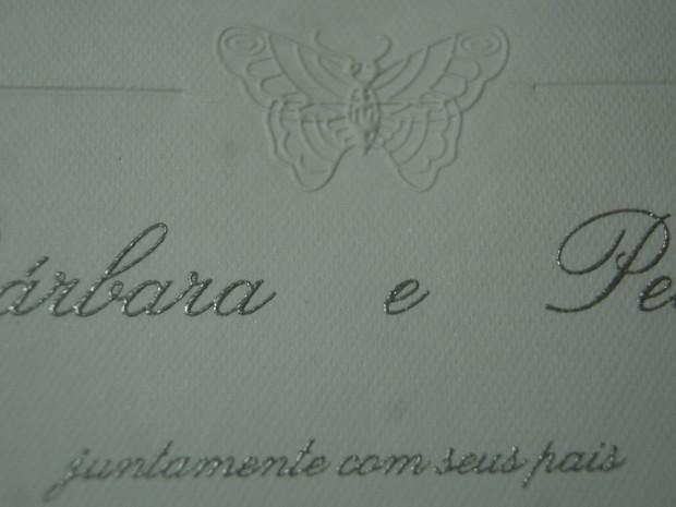 Bárbara Borges recebe convite de casamento (Foto: Divulgação)