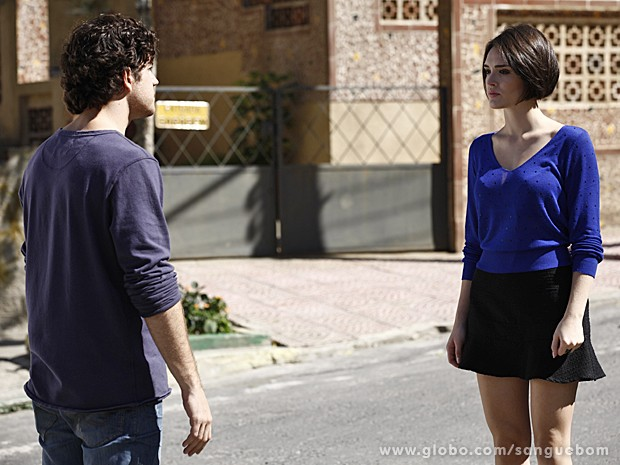 Giane finalmente cria coragem e se declara para Bento (Foto: Sangue Bom/TV Globo)