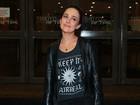 Gabriela Duarte prestigia pré-estreia de peça com Mel Lisboa