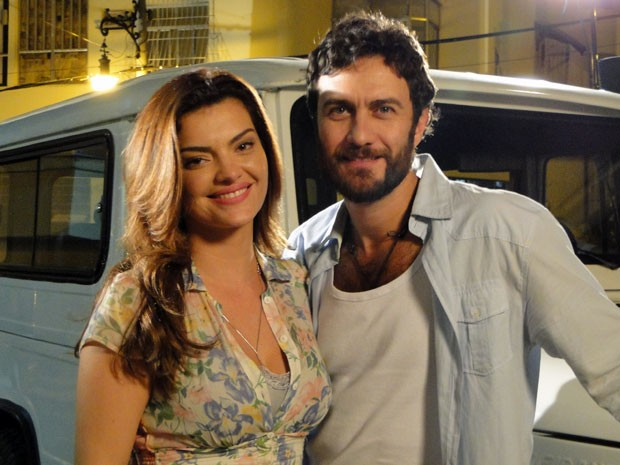 Mayana Neiva e Gabriel Braga Nunes (Foto: Amor Eterno Amor / TV Globo)
