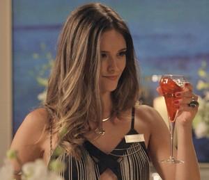Cassandra vai armar pra cima de Eliza (Foto: TV Globo)
