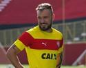 """Farias descarta jogar por empate com o Vasco: """"Temos que buscar a vitória"""""""
