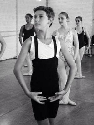 Gabriel Barbosa pratica dança desde os 9 anos (Foto: Gabriel Barbosa/Arquivo Pessoal)