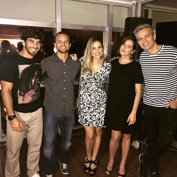 Hugo Moura, Rafael Lund, Flávia Alessandra, Deborah Secco e Otaviano Costa em evento na Zona Oeste do Rio (Foto: Instagram/ Reprodução)
