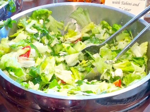 Salada, comida saudável, alimentação, verduras, dieta, alface, saúde, Bem Estar (Foto:  Reuters/Courtesy of Oldways)