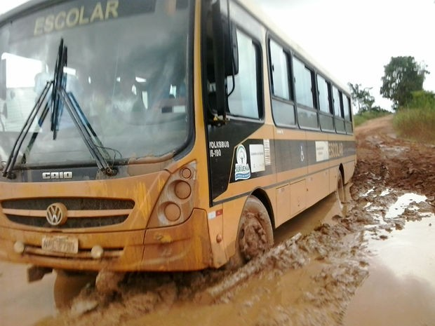 Transporte escolar ficou comprometido em Juruena (Foto: Luiz Carlos/ Defesa Civil de Juruena)