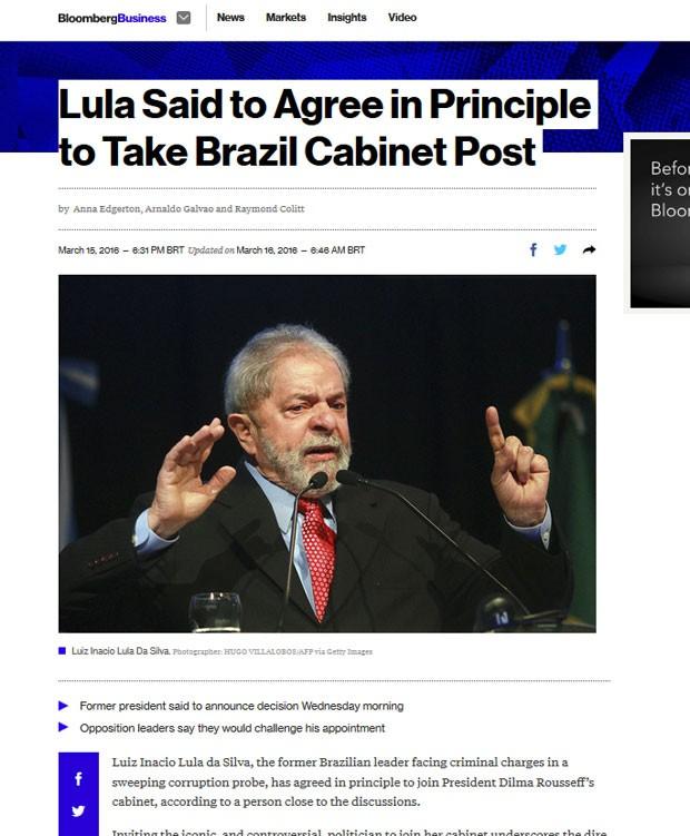 Bloomberg destacou que Lula pretende assumir ministério para se proteger de investigação (Foto: Reprodução/Bloomberg)