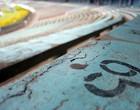 Pedaços do campo e 10 mil itens à venda (Fernando Lopes/GLOBOESPORTE.COM)