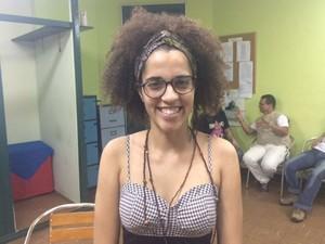 Talassa Fonseca conheceu o Prepara, Nem por meio do Facebook. Atualmente é professora voluntária de história (Foto: Cristina Boeckel/ G1)